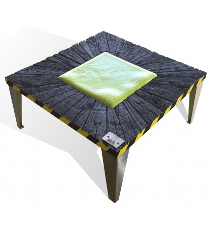 Table basse radioactive